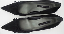 BANDOLINO Black Suede Bow Pointy Toes Classic Dressy Low Heels Size 7.5 M