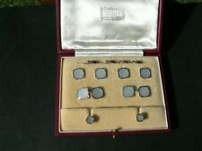 Gents 9ct Gold Cufflinks and Dress Stud Set Boxed by Harrods.