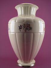 Vase Ancien Faïence de Salins France Numéroté Blanc écru décor Champêtre Fleurs