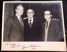 AMAZING U.S. HISTORY POLITICS AUTOGRAPHED PHOTOGRAPH SENATOR GEORGE MCGOVERN