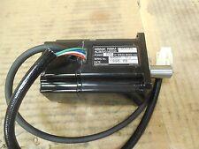Omron AC Servo Motor R88M-U20030L R88MU20030L 200 Watt 3000r/min Used