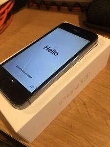 FREE SHIPPING - Apple iPhone 5s - 32GB - Space Gray (Verizon) A1533 (CDMA + GSM)