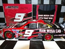 Kasey Kahne #9 Dodge Dealers Ram Mega Cab 2005 Charger 1:24 NASCAR Action 110811