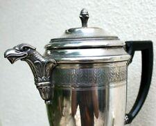 ancienne cafetière en métal argentée de style empire
