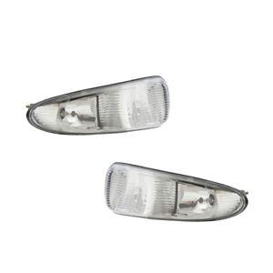 Fog Lights Pair Set for 01-04 Chrysler Town & Country/Voyager Left & Right