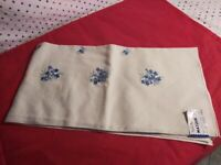 Vintage MATOUK BEIGE & White HAND EMBROIDERED Linen Table Cloth 45X45