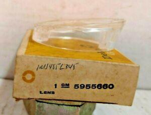 NOS PARKING LAMP LENS 1965 OLDSMOBILE F85 5955660 GUIDE 33 SAE DP65