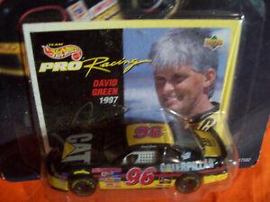 CATERPILLAR #96 DAVID GREEN HOT WHEELS 1/64 SCALE NASCAR CAT 1997 SUPER SPEEDWAY