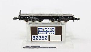 Z Scale Marklin 82352 Heavy Load Flat Car w/ Stakes LNIB