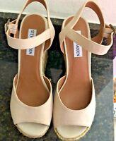 "Steve Madden Ladies suede and burlap sandal, 5"" platform wedge w/ankle strap 8M"