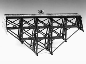 EH6244-S Curved/Straight Trestle Kit (81' Four Bent - Four Leg) - Sn3 Scale  NIB