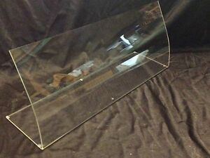CLEAR PERSPEX ACRYLIC CURVED SNEEZE SCREEN CAKE  FOOD GUARD 5MM THICK 750mm