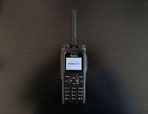 Hytera pt580H TETRA digital radio, frequency band 410-470 MHz, RF power 3w