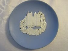"Wedgwood Jasperware - blue 4-1/8"" wide Lambeth Place - Hymlot"