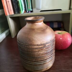 Vase Hand Carved Handmade Home Decor Mango Wood Spiral Ribbed Design Tall 5""