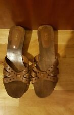 Scholl leather  size 8 1/2 Brown wooden sandal 2in heel unworn.