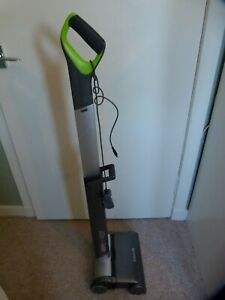 G TECH UPRIGHT AIR RAM 22V AR02 CORDLESS HOOVER & CHARGER
