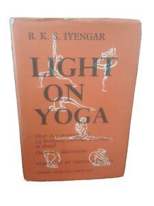 1st UK Ed Light on Yoga BKS Iyengar Rare Vintage Hardcover