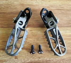 NEW Honda CRF450R Foot Pegs CRF250R OEM Right Left Peg with Brackets 2012 - 2021