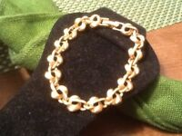 Vintage Gold Tone Knotted Textured MONET Signed Bracelet