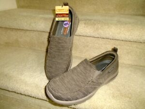 Men's Sketchers Relaxed Fit Memory Foam Slip On Loafer Shoes Size 10.5