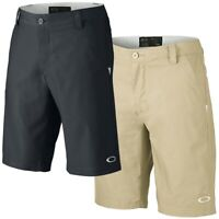 "Oakley Men's Conrad Golf 10.5"" Shorts (Size 30)"