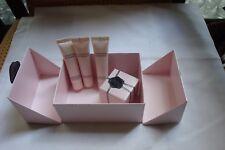 FLOWERBOMB de Viktor & Rolf Eau de Parfum (testé 1 fois)  7 ml et 3 tubes neufs