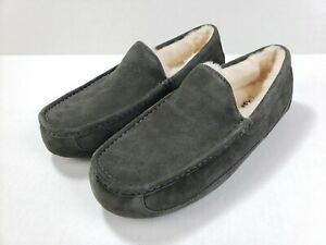 UGG ASCOT SUEDE 1101110 CHARCOAL MEN'S SLIPPERS WATER-RESISTANT LOAFER SIZE 10