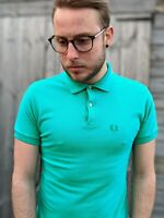 """Vintage 1960s Fred Perry 38"""" S Green Polo Shirt Men's Combed Cotton Motif"""