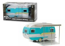 LGB 1:24 Scale Blue 1958 Catolac Deville Model Caravan Diecast Detailed Awning