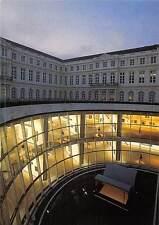 Belgium Musee d'Art Moderne - Puit de lumiere Museum Lichtput