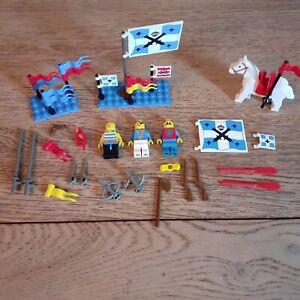 Lego. Lot Accessoires.Pirates/chevaliers/garde Royale.