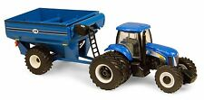 1/64 ERTL NEW HOLLAND T8040 W/ GRAIN CART