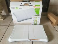 Authentuc Nintendo Wii Fit Plus Balance Board And Game (TESTED WORKING)