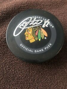 PATRICK KANE SIGNED AUTOGRAPHED BLACKHAWKS OFFICIAL NHL HOCKEY PUCK FANATICS