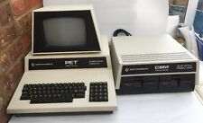 COMMODORE PET 2001 SERIES COMPUTER PLUS CMB MODEL 4040 TESTED WORKING !