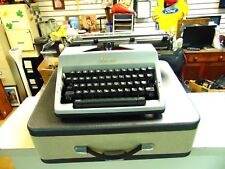 OLYMPIA SM 9 DELUXE TYPEWRITER EXCELLENT USED CONDITION