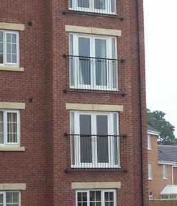 Juliet balcony balustrade - Window guard railing - Wrought iron steel 'Madrid'..