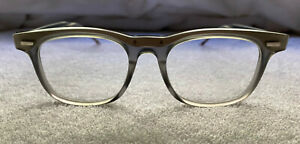 AUTHENTIC THOM BROWNE TB-705-C-GRY-SLV-50 - Brand New - Never Worn