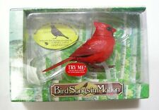 TAKARA Bird Songs in Motion : Northern Cardinal Motion-Activated Birds