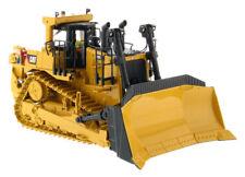 1:50 High Line Series Diecast Vehicle Model Toy CAT D10T2 Crawler Dozer Engine