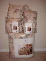 Royal Legacy by Martex Floral Ornament Marseilles Queen Size 6 Pc. Bedding Set