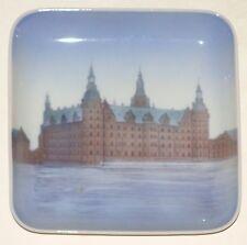 B & G Bing & Grondahl signiert Dänemark Square Kronborg Castle Szene Plate Dish