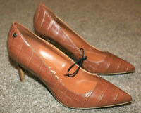 Calvin Klein Nilly Brown Croc Embossed Heels Pointed Womens Size 8.5 8 1/2 NEW