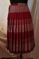 "Vtg 60s Preppy 100% Wool Plaid Skirt Pleated  28"" Waist-Reversible-Size 6 Classy"