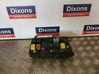 Astra H Mk5 Under Bonnet Fuse Relay Box UEC 13191133 FK