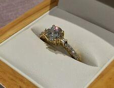 1.4 Quilates Diamante Anillo De Compromiso, Oro Amarillo por claridad Boutique Talla N & Half