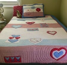 L@@K Freckles Kids Quilted Coverlet- Single-King Single -excellent Condition