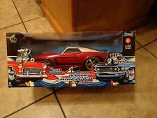 1/18 SCALE MUSCLE MACHINES--VOTE AMERICA 2004--'69 BOSS 302 MUSTANG CAR (NEW)