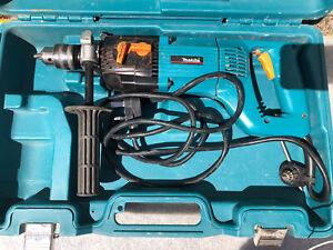 Makita 8406C - 13MM 1400W Diamond Core and Hammer Drill 240v READ ADD CAREFULLY